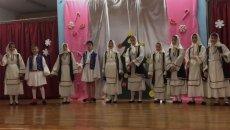 traditional-greek-dance